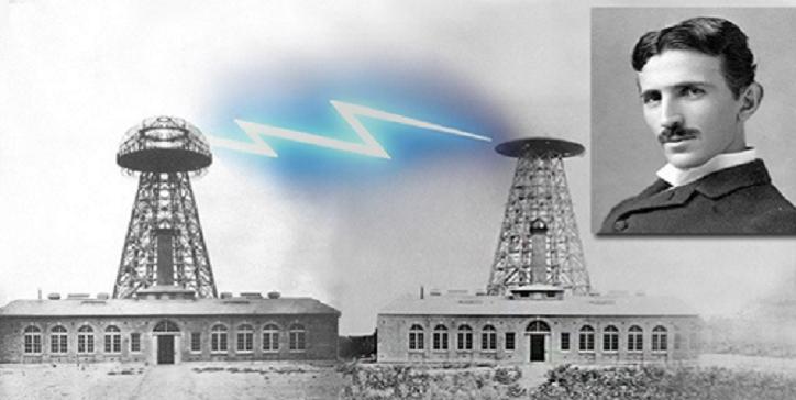 Die russischen Physiker bauen den Tesla-Turm wieder auf, um freie Energie auf der Erde anzubieten