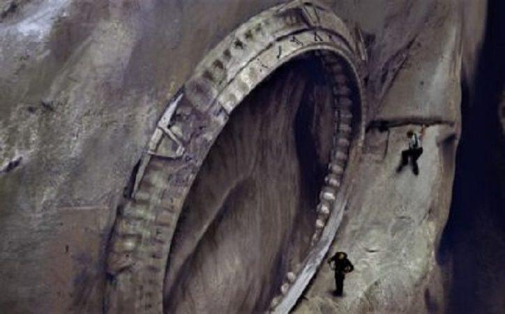 Die Verbindung zwischen unterirdischen Tunneln und dimensionalen Portalen (Video)